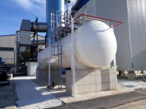 serbatoio per ammoniaca con struttura